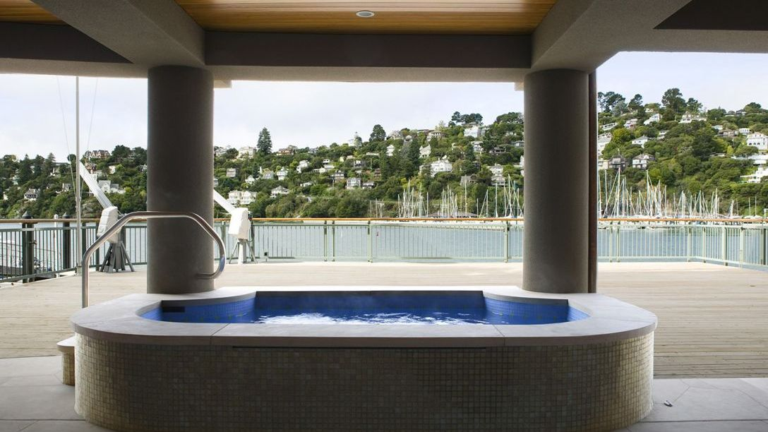 Jacuzzi overlooking the Belvedere area.